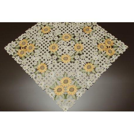 Obrus haftowany słoneczniki 80-80 cm